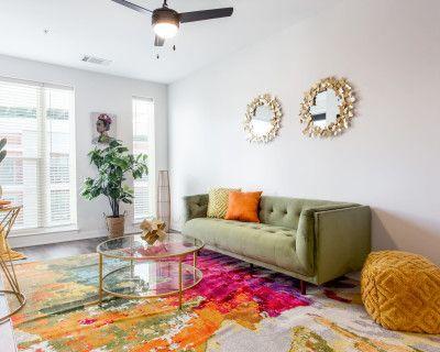 Downtown Luxury Apartment with Boho-Modern Design, Atlanta, GA