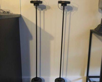 2 kitchen light pendants