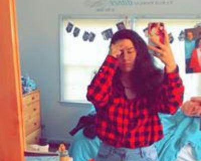 21 year old Female seeks a room