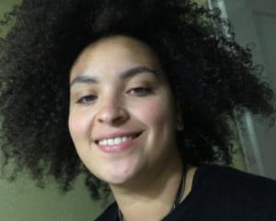 Gianna, 23 years, Female - Looking in: Littleton CO