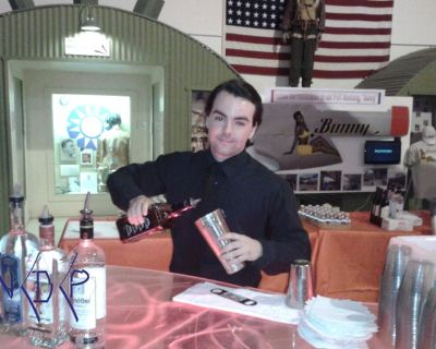 San Luis Obispo Bartenders and Waiters for Hire!! 866.504.8086