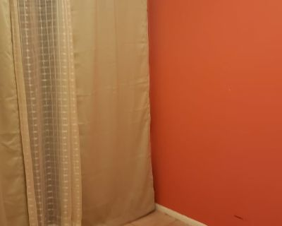 Private room with shared bathroom - Oviedo , FL 32765