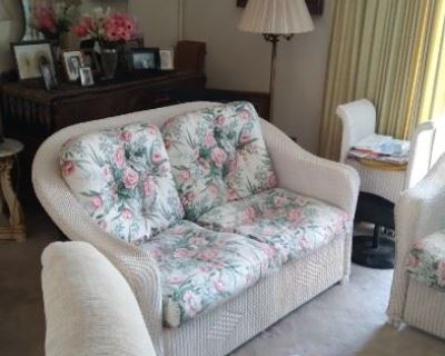 4 HOUR BLOW OUT ESTATE/MOVING SALE