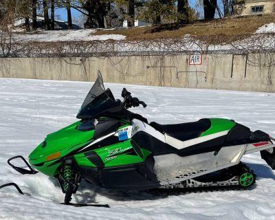 2011 Arctic Cat Z1 Turbo LXR Snowmobile -Trail Port Washington, WI