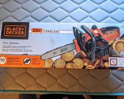 "Black & Decker LCS1020 20V Chainsaw 10"""