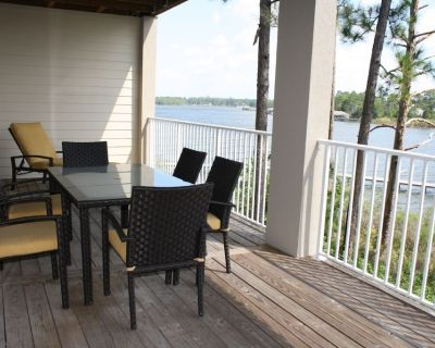 Waterfront - great fishing, peaceful & quiet, yet close to Tanger Outlets & OWA - Foley