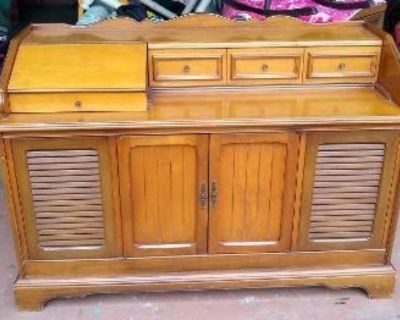 Cool Vintage Wood Stereo Cabinet!