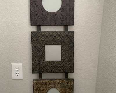 Metal decorative wall picture frame