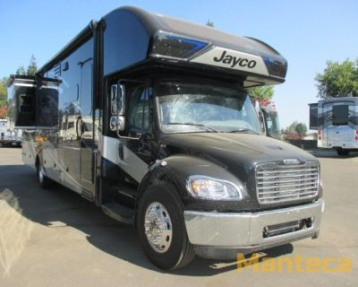 2022 Jayco Seneca 37K