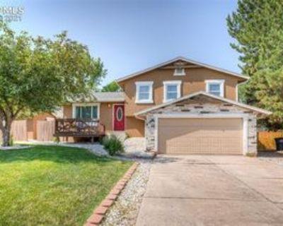3919 Ruskin Pl S, Colorado Springs, CO 80910 3 Bedroom Apartment