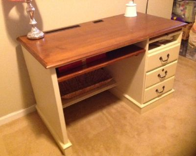 Beautiful Ethan Allen Solid Wood Desk with File Drawer & Keyboard Tray