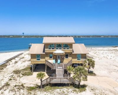NEW TO RENTAL PROGRAM   The Blue Goat - Private Lagoon-front Home   Large Deck   Free Activities - Gulf Shores
