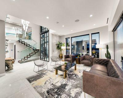 Modernistic Masterpiece Mansion in Tarzana, Tarzana, CA