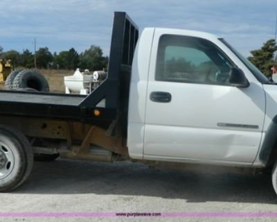 Flatbed Wanted.
