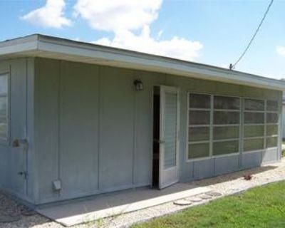 714 Thunderbird Ave, Sun City Center, FL 33573 2 Bedroom House