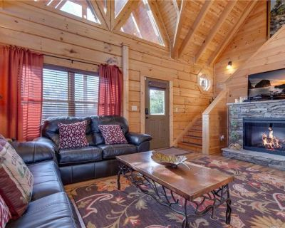 Clear Blue Morning, 3 Bedrooms, Hot Tub, WiFi, Gas Grill, Sleeps 12 - Pigeon Forge