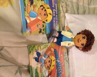 Go Diego Go! (2) book & 7 plush combo