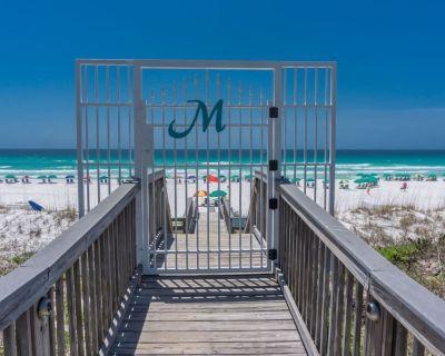 Beaches Fully Open! Gulf View, Balcony, Private Beach 2 Pools, hot tub - Miramar Beach