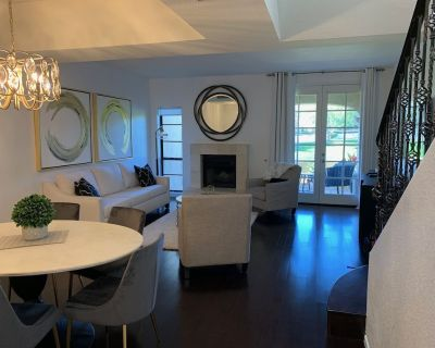NEWLY REMOLDED 2 BEDROOM 2.5 Bath CONDO AT THE BILTMORE - Biltmore Courts