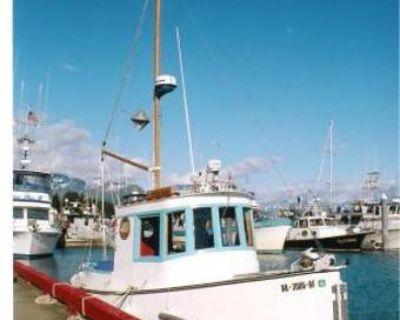 2005 Custom 20 Tug Boat