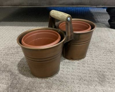 Double sided planter