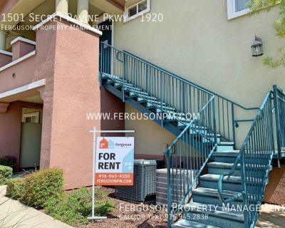 Upgraded Two Bedroom Condo with a Garage in East Roseville