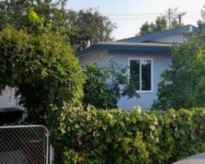530 E Chalynn Cir, Orange, CA 92866 3 Bedroom Condo