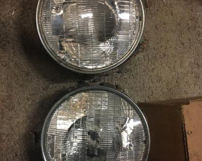 914 Porsche Headlight Assembly Pair