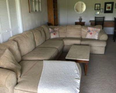 Private basement apartment, close to VT