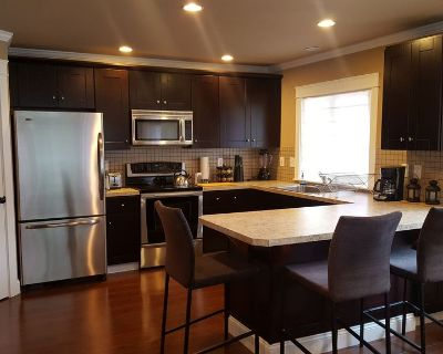 WARM BEACH HILLSIDE, a family friendly place, visting nearby beaches and lakes. - Stanwood