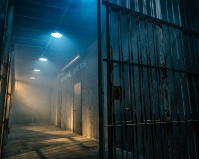 Los Angeles Police Department Set Jail Cell Set TV and Film Sets for Rent, Maywood, CA