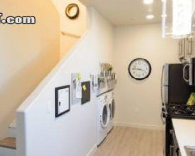 $875 3 apartment in Metro Los Angeles