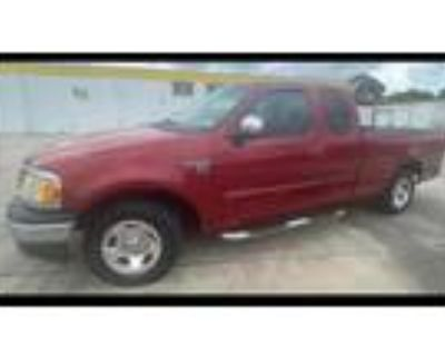 2002 Ford F-150 King Ranch SuperCab Short Bed 2WD