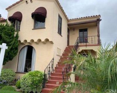 132 Argonne Ave, Long Beach, CA 90803 4 Bedroom Apartment