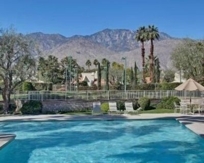 Your Entry To Palm Springs Enjoyment - Araby