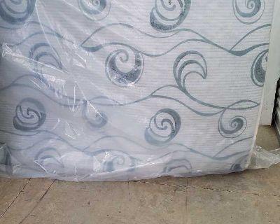 Queen size rv mattress