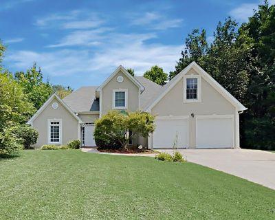 1525 Jade Cove Drive Powder Springs, GA 30127