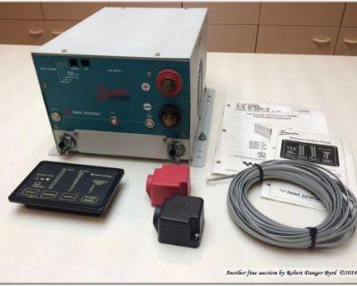 Xantrex Freedom 458 Series 2000 Watt Inverter/charger W Remote Control Panel