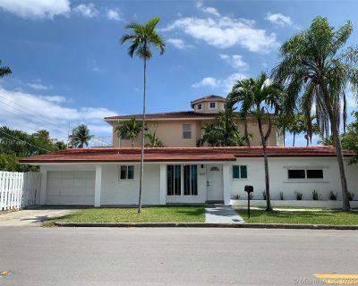 1059 Washington St Hollywood FL 33019