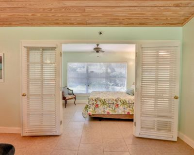 Lake Retreat in Downtown Sebring 2/1 house with lake access on a secluded street - Sebring