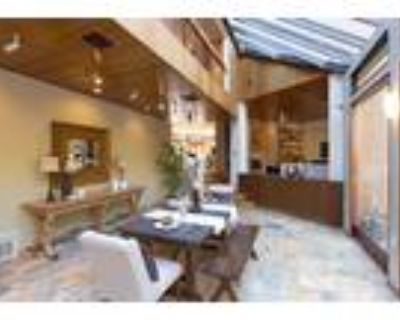 Beautiful & Tranquil Canyon Setting Home in Brentwood!