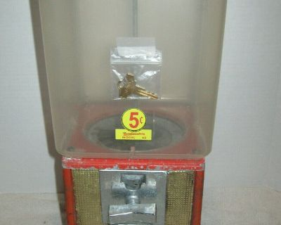 vintage parkway gumball/candy vending coin machine rectangular red 5 cent