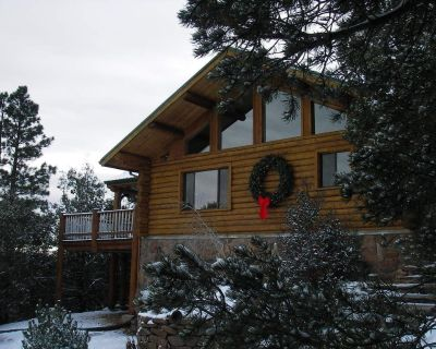 Spa Style Log Home Retreat at Sandia Mountain - Snowline