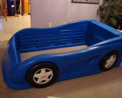 Little Tikes Car Bed with Mattress (NO DELIVERY)