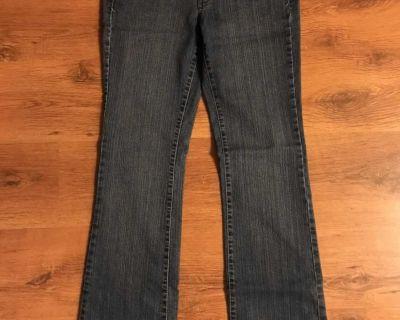 Women's g-21 jeans size 11/32
