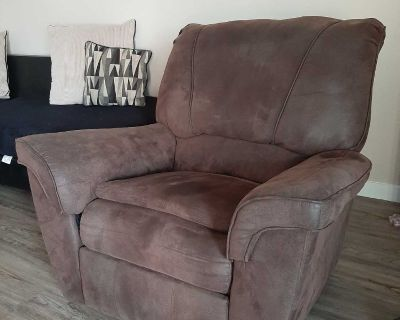 Rocking recliner couch