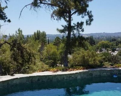 West Hills: OPEN SUNDAY 1-5 pm
