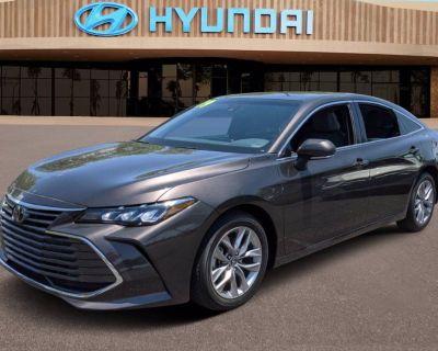 2019 Toyota Avalon XLE