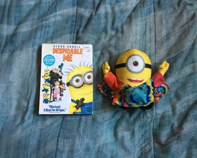 Lot Of Despicable Me And Plush Toy