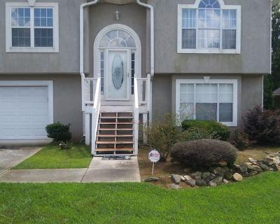 Exquisite New Model Home! - Jonesboro